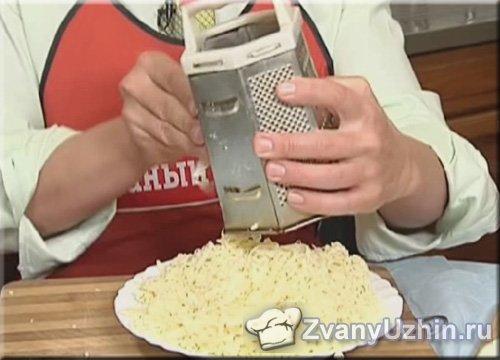 сыр натираем на терке