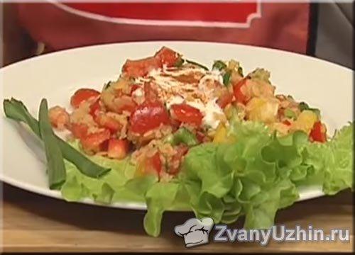 Мексиканский овощной салат с чечевицей